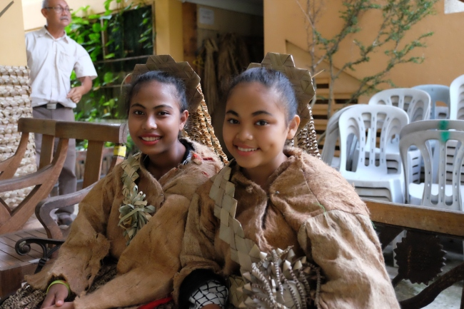 Mah Meri girls in traditional dress