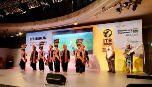 ITB Berlin Handover 11