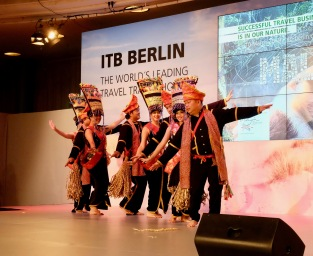 ITB Berlin Handover 12