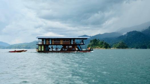 Kenyir Houseboat 5