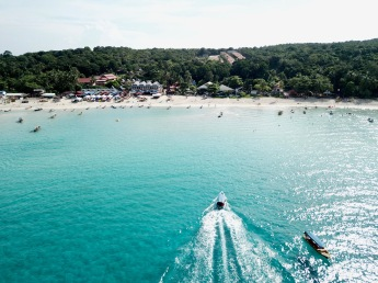 Perhentian Long Beach