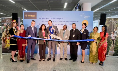 Ribbon cutting at Fraport