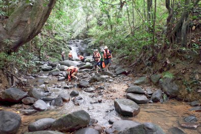 "Semadang Kayak - pause for a visit to Sarawak's ""smallest waterfall"""