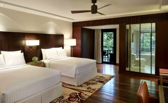 Deluxe double bedroom, Mulu Marriott resort & spa