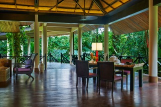 Lobby: Mulu Marriott resort & spa