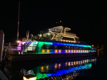 North Borneo Cruises - Kota Kinabalu - a colourful experience!
