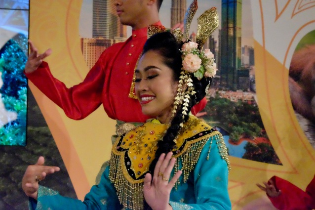 Istana Budaya dancer at ITB Berlin 2012