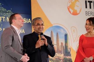 Martin Buck - Messe Berlin - with Datuk Musa HJ. Yusof